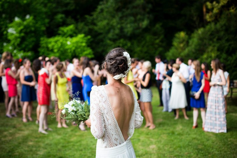 "Surviving ""wedding fever"" when you're single"
